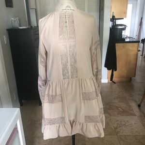 $500 BCBG MAX AZRIA SILK & LACE RUFFLE DRESS